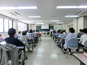 6/14 パンジー学園① 講座「口腔ケアで健康長寿」